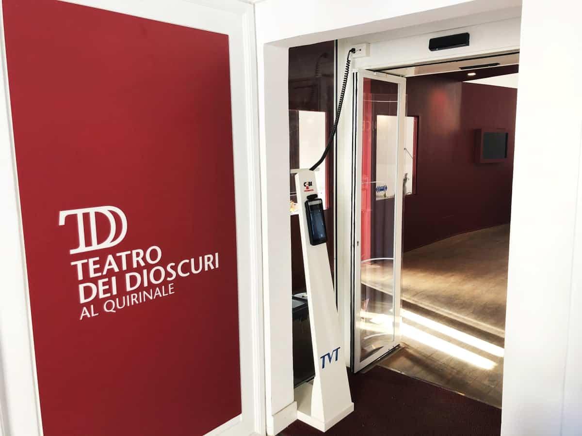 Installazione Termoscanner 3in1 su porta automatica presso Istituto Luce, Roma - CEBI Srl