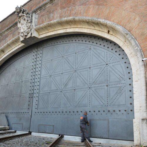 Cancello Ferroviario Vaticano - ripristino funzionale e ristrutturazione CEBI srl